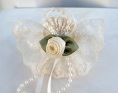 Baby girl hair bow ivory lace childs barrette clip
