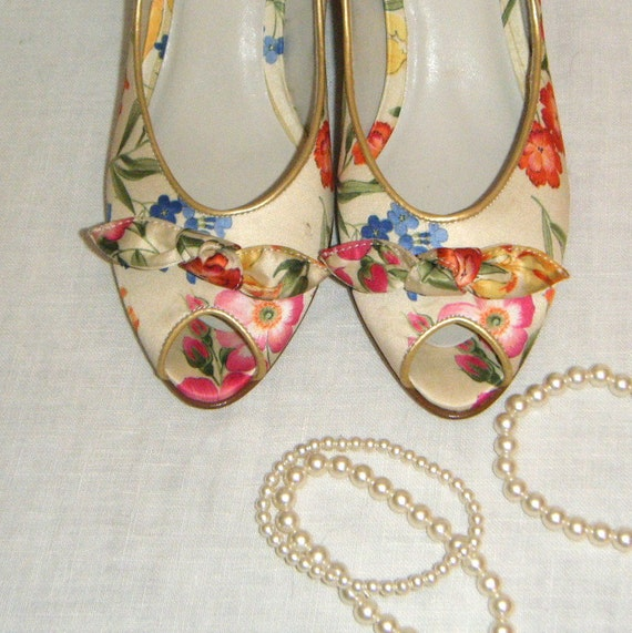Vintage Floral Satin Open Toed Garden Party Shoes Wedding Spring fashion Gift for Her Party in the Grass