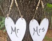 "Two 5 7/8""x 8 1/2"" Heart Shaped Chalkboard Vintage Painted Photo Prop Shabby Chic Elegant Rustic Menu Message Boards Weddings Bride Groom"