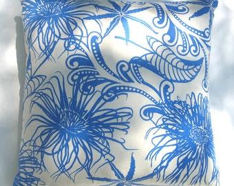 Pillow - Anemone pattern, mystic blue, hemp/org cotton, knife-edge