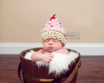 Crochet NEWBORN Sweet Cupcake Hat Photography Prop