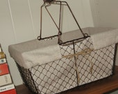 Rustic Farmhouse Basket - Chickenwire Baskets, French Farmhouse, Farmhouse Chic, Industrial