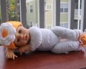 Orange Baby Hat & Bootie Flower Set Size 0-3mos