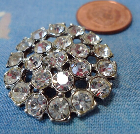 Crystal  rhinestones button, large vintage.  Shank.  KAMBB12.4-15.1.