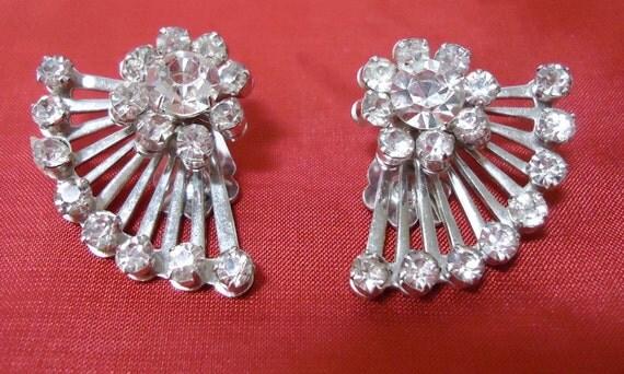 Vintage clip on earrings, rhinestones and silver toned metal, Art Deco style,  fan shaped, stamped CORO.  STEVE12.3-17.6.