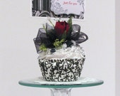 Fabulous Faux  Cupcake- Free Coordinating Gift Card Holder Envelope with Purchase