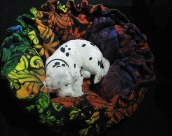 Drawstring Round Flower Rainbow Jungle Swirl Pet Bed - Cats and Small Dogs and any other small animal