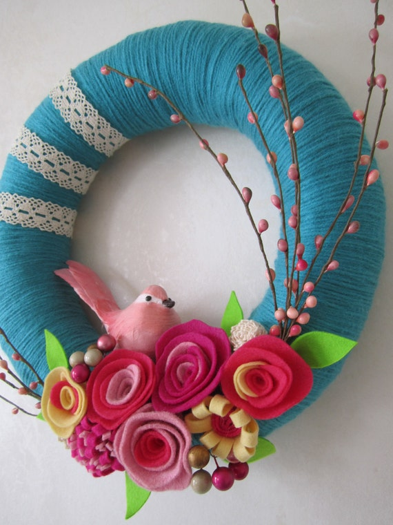 """Pink Bird Teal Yarn Wreath 12"""""""