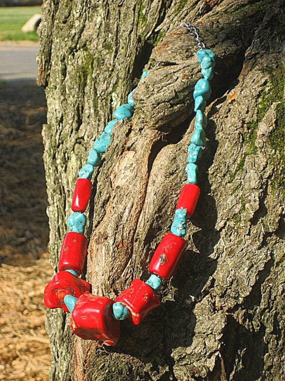 """Chunky and gorgeous red Coral and Turquoise necklace, 19"""" to 21""""L"""