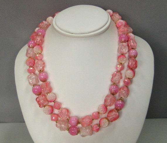 Vintage PINK bib necklace SUGAR bead plastic summer Hong Kong