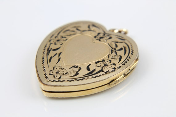 Etched HEART locket gold filled Flower Wreath