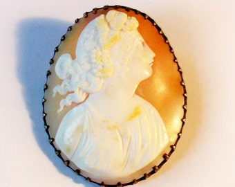 Vintage Shell Cameo Gold Filled Brooch