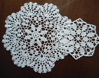 Set of 2  crochet doily  white