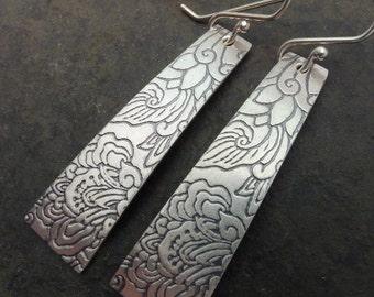 Kala Earrings ~Japanese Lotus