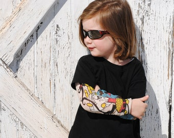 Tattoo sleeves kids black t-shirt, pirate theme