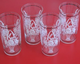 Vintage Clear Glass Tumblers - set of four with bouquet of flower design