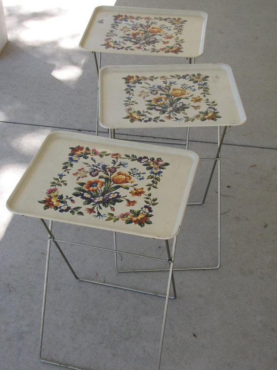 Vintage Tv Trays With Stand Set Of Four By
