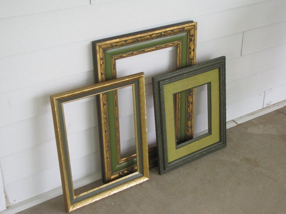 Vintage Wooden Distressed Picture Frames Gallery - Large - Set of Three - green / avacado accents