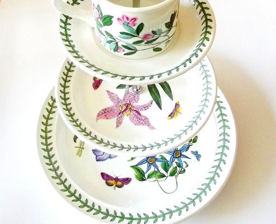 Vintage portmeirion botanic garden three  3 tier tiered cake stand with cup ontop butterflies flowers purple pink ivy