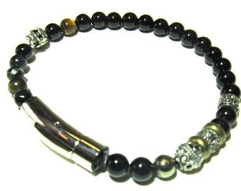 LAWLESS. Mens 8inch Onyx Bracelet
