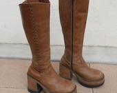 Vintage 90s Tan Leather PLATFORM Boots Sz 6