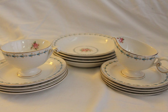 Harmony House Mount Vernon Hall China - Bowls, Plates, Cream, Sugar  - 14 Pieces
