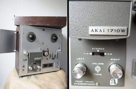 Vintage Akai 1710 W Reel to Reel Tape Recorder