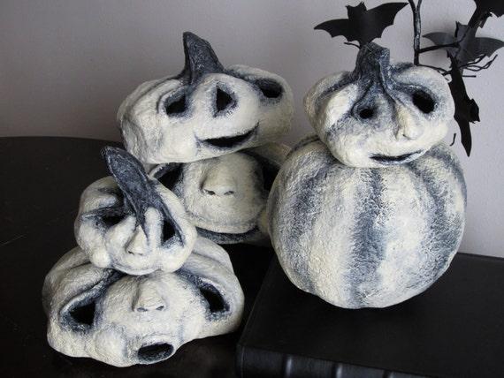 Primitive Halloween Tea Light Pumpkin