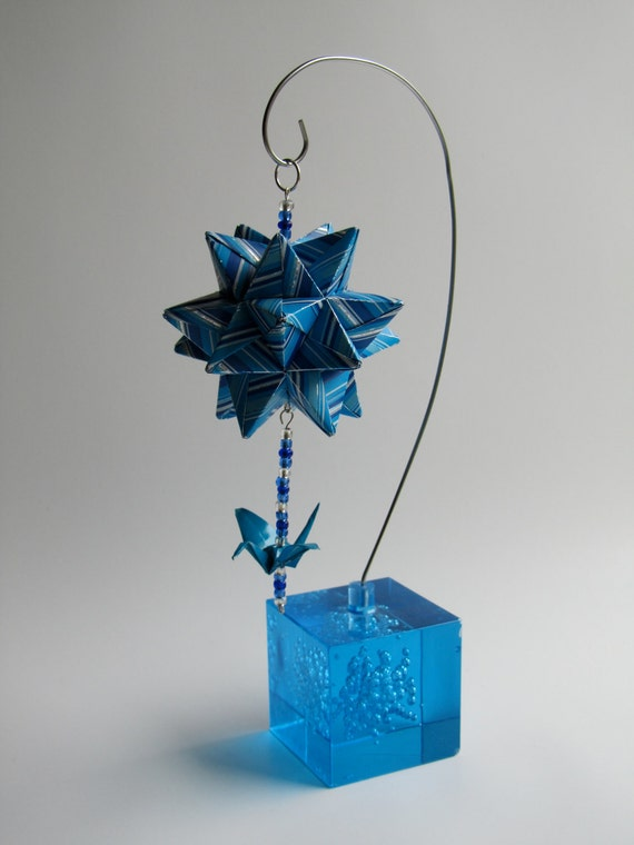 MOTHERS DAY GIFT Modular ORIGAMi Star Centerpiece Decoration Handmade Home Décor Blue and Silver Stripes Hung on Metal Ornament Stand OOaK