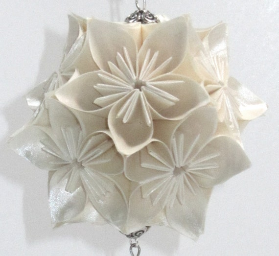 HOLIDAY Ornament Decoration 3D KUSUDAMA Modular Origami Home Décor Handmade in Shimmery Metallic White Hung on Ornament Stand OOAK