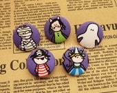 a84/001 - Size 40 (25 mm or 1 inch) Fabric Cover Buttons - Set of 5 - Halloween Elf
