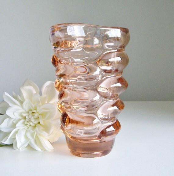 Vintage Pink Glass Vase Czech Sklo Union, 1962 Mid Century Design by Vladislav Urban for Hermanova Hut Pattern 20048, Art Glass
