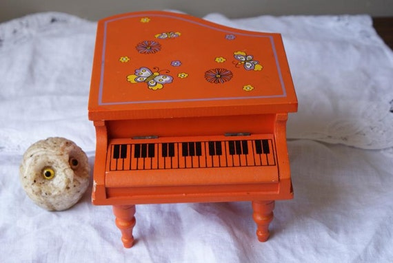 Bright Hermes Orange Japanese Wooden Musical Jewelry Box Plays Music Wind Up