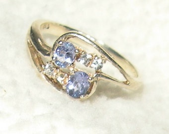 Adorable Tanzanite Ring with Accents
