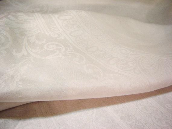 SALE Gorgeous Detailed Vintage White Damask Tablecloth