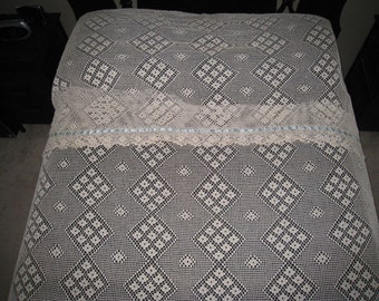 Beautiful 15 Piece  Vintage Cotton Crocheted Lace Full/Queen Bedspread with Pillow Sham Liners Scarf Set , Vintage Bedding, Vintage Linens