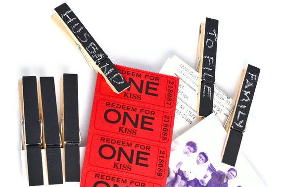 Black chalkboard clothespins altered clothes pegs in onyx black. Modern family home decor. Black Clothespins Gift Enclosures. Craft Supplies