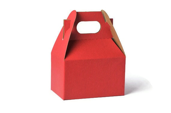 READY TO SHIP | 10 Mini gable kraft boxes.  Red party favor gift boxes. Treat box gift packaging  | Small Party Gift boxes  Gable Party Box