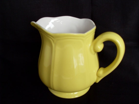 Lemon Federalist Ironstone Yellow Creamer