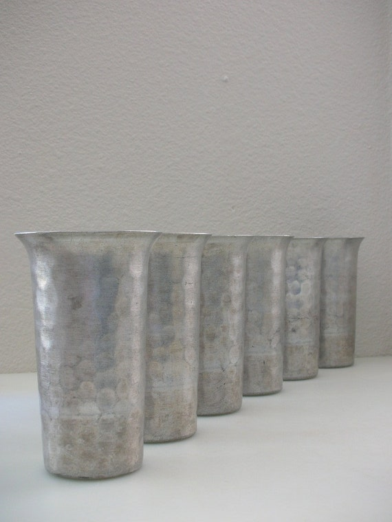 Everlast Forged Aluminum Tumblers Hammered Cups Set 6 Six 12 oz from The Back Part of the Basement