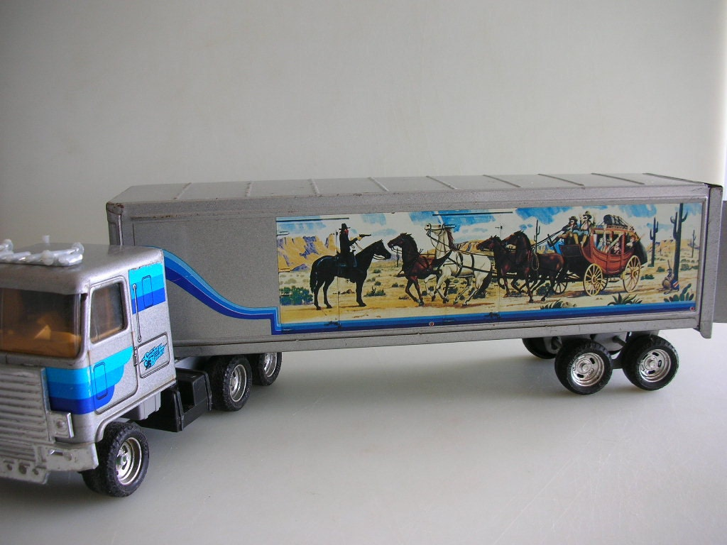Smokey And The Bandit Ertl Metal Truck Big By