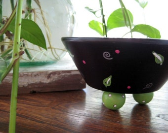 Wooden Bowl Ring Dish Catch All with Ball Feet -   Black, Green and Pink - Camelia with Bible verse