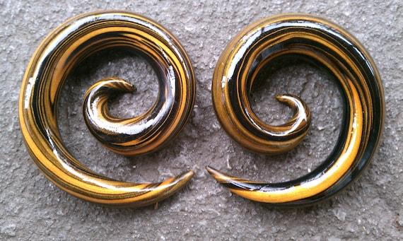 1/2g Tiger Spiral Gauged Earrings
