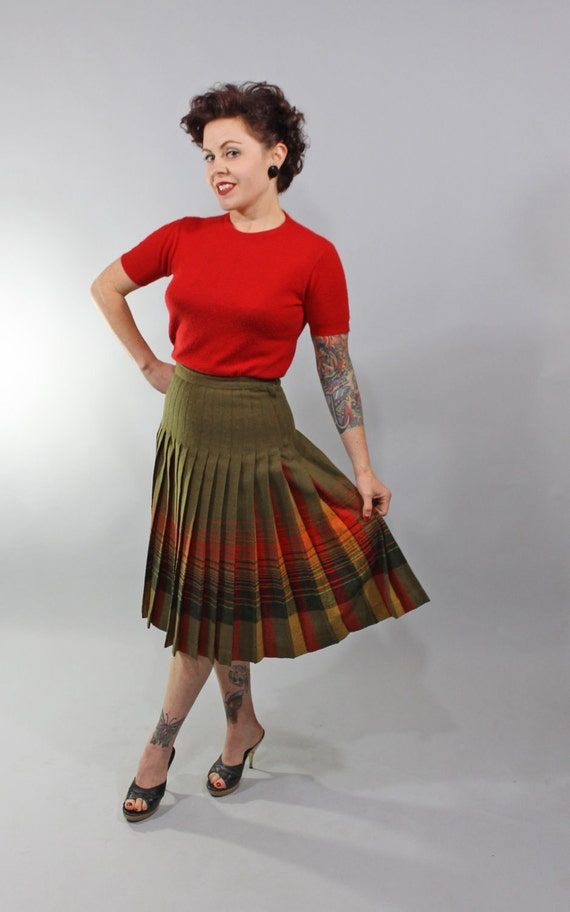 1950s Vintage Skirt...BELIEVED IN ME Fall Colors Pendleton Turnabout Wool Plaid Skirt Size Small