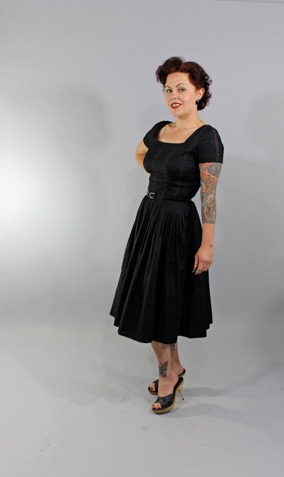 1950s Vintage Dress...BABE YOU BET Summer Fashion Black Cotton Sun Dress with Full Skirt by Jerry Gilden Size Small
