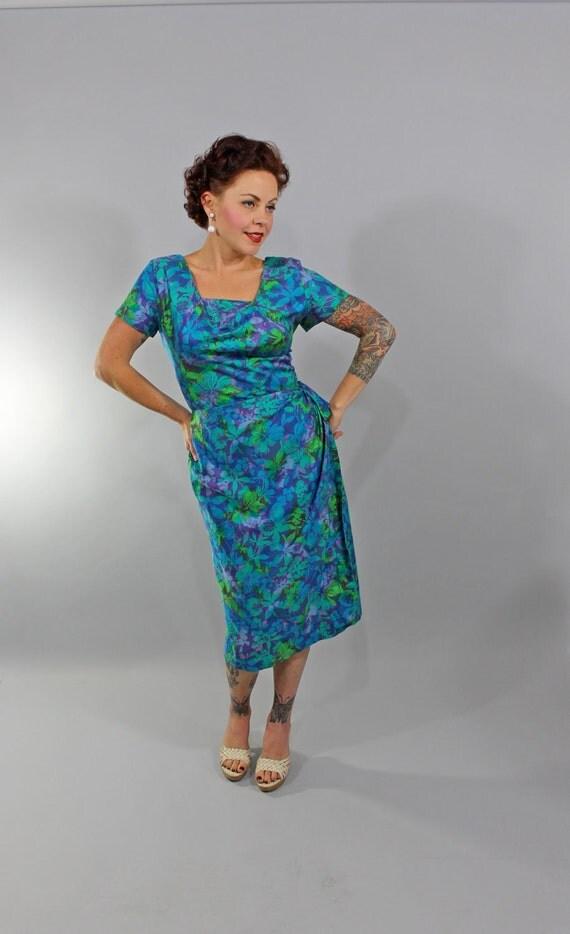 1950s Vintage Dress...Summer Fashion Hawaiian Sarong Cocktail Wiggle Dress by Royal Hawaiian Size Medium