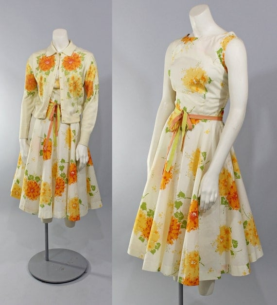 1950s Vintage Dress...Garden Party Yellow Floral Print Summer Dress Full Circle Skirt Matching Sweater Size S