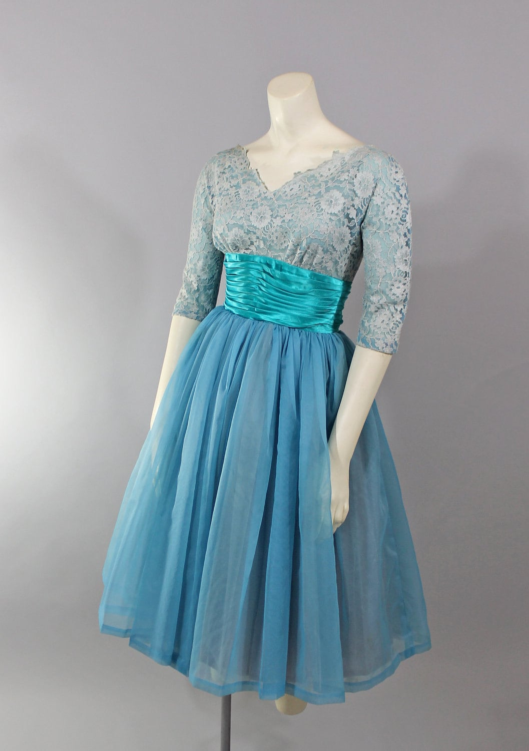 Baby Blue And White 10 Year Bedrooms: 1950s Vintage Dress...Pastel Fashion Baby Blue Lace Illusion