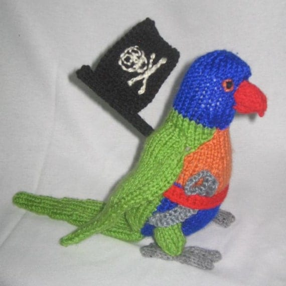 Parrot Knitting Pattern Free : Toy Parrot with pirate accessories: KNITTING PATTERN pdf