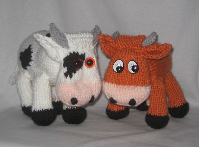 Knitting Pattern Cow Toy : Toy Cow KNITTING PATTERN pdf file by automatic download